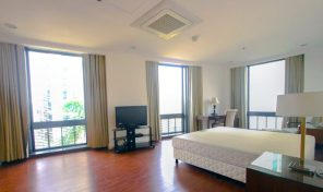 Impressive 3 Bedroom Condominium Unit for Sale